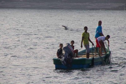 168 vissersbootje