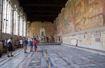 135 frescos