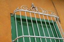 303 groengeel raam