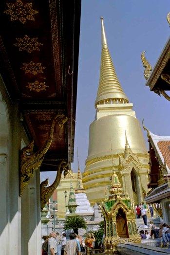 08 stupa