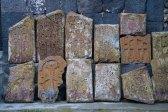 393 stenen