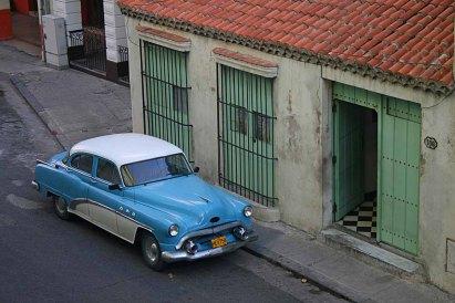 001 blauwe auto