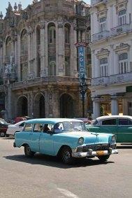 041 auto voor hotel